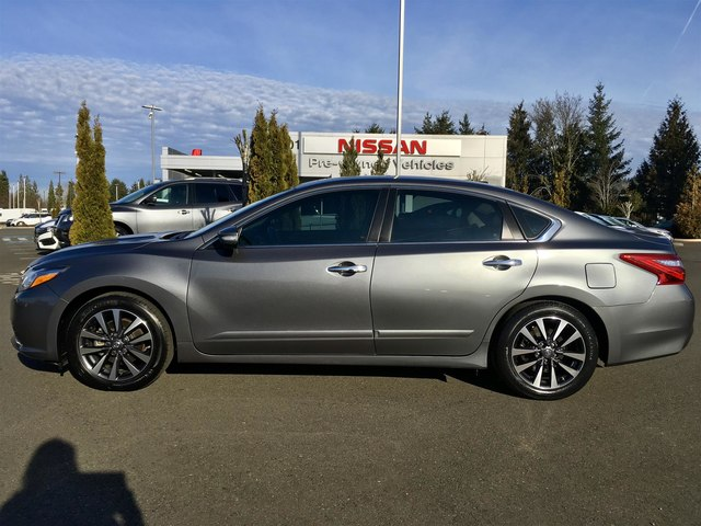 Certified Pre-Owned 2016 Nissan Altima 2.5 SL with Navigation