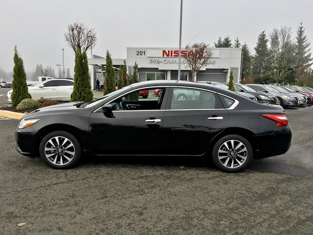 pre owned 2016 nissan altima 2 5 sv sedan in puyallup 1809 bill korum 39 s puyallup nissan. Black Bedroom Furniture Sets. Home Design Ideas