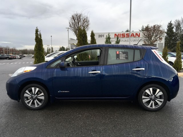 Certified Pre Owned 2016 Nissan Leaf Sv With Navigation Hatchback In