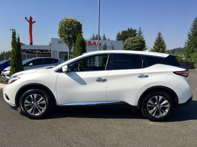 Pre Owned 2017 Nissan Murano S With Navigation
