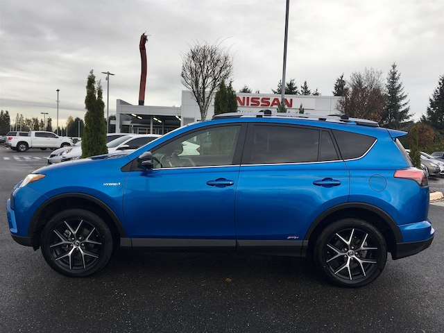 Pre Owned 2017 Toyota Rav4 Hybrid Se With Navigation