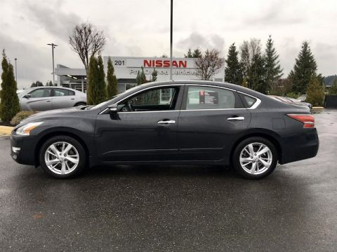Pre-Owned 2015 Nissan Altima 2.5 SL with Navigation
