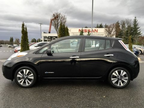 Certified Pre-Owned 2016 Nissan LEAF SV with Navigation