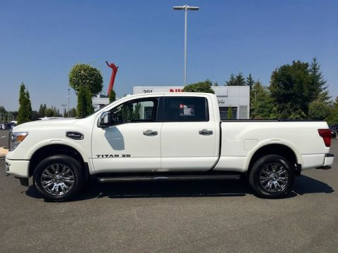 Certified Pre-Owned 2017 Nissan Titan XD Platinum Reserve Gas w/ NAV