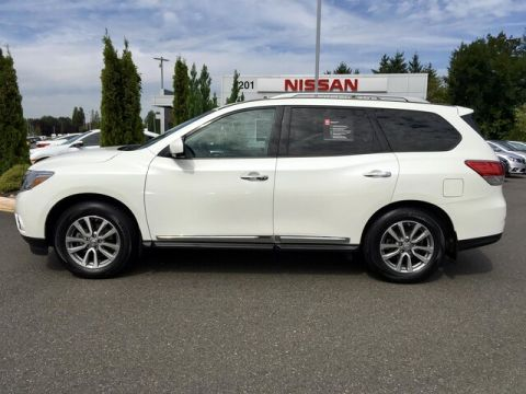 Certified Pre-Owned 2016 Nissan Pathfinder SL with Navigation