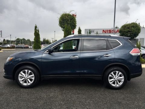 Pre-Owned 2015 Nissan Rogue SV with Navigation & 3RD Row