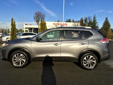 Certified Pre-Owned 2016 Nissan Rogue SL with Navigation