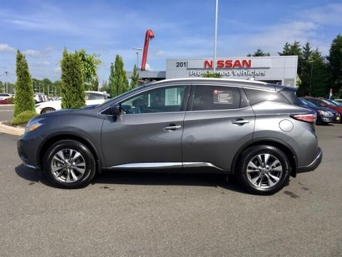 Certified Pre-Owned 2016 Nissan Murano SL with Navigation