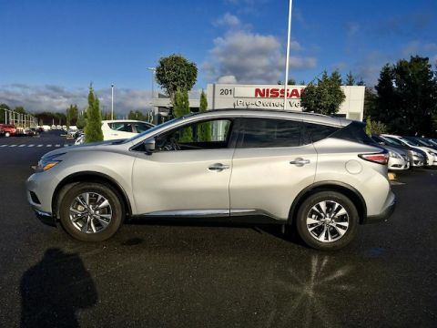 Pre-Owned 2016 Nissan Murano SV with Navigation