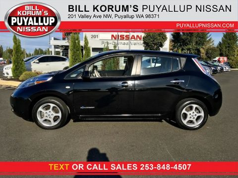 Used Nissan LEAF SV with Navigation