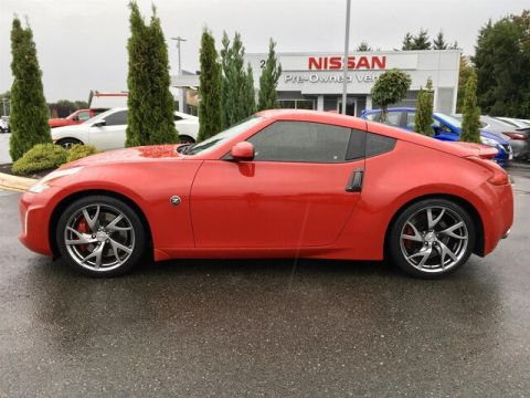 Pre-Owned 2016 Nissan 370Z Sport Tech with Navigation