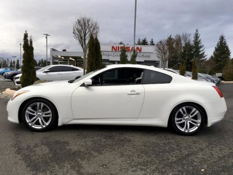 Pre-Owned 2010 INFINITI G37x with Navigation