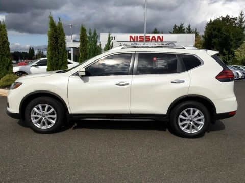 Certified Pre-Owned 2017 Nissan Rogue SV with Navigation
