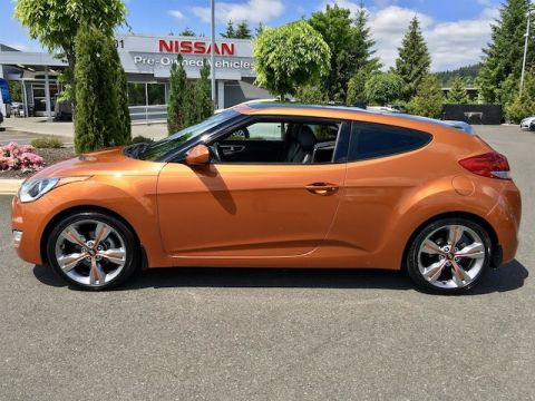 Pre-Owned 2012 Hyundai Veloster with Navigation